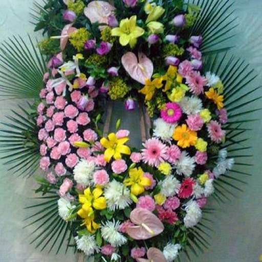 Corona de Flores alegre