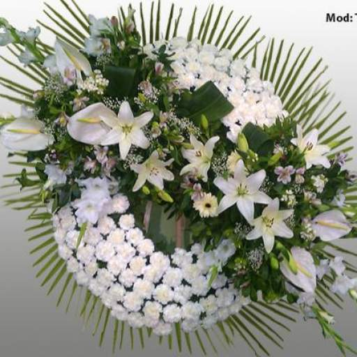 Corona con flores Blancas [0]