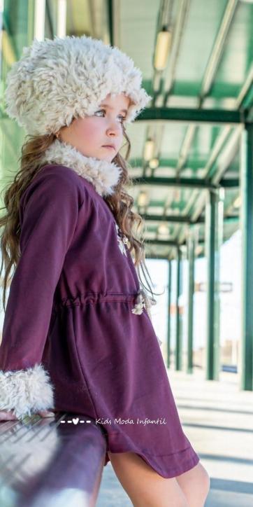 Vestido niña punto burdeos cordon en cintura de Vera Moda Infantil