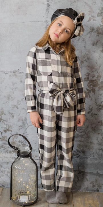 Mono niña vestir cuadros de Basmartí