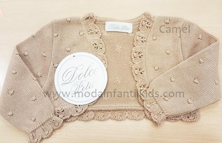 Rebeca para bebe Dolce Petit de punto color camel abierta 2100-R