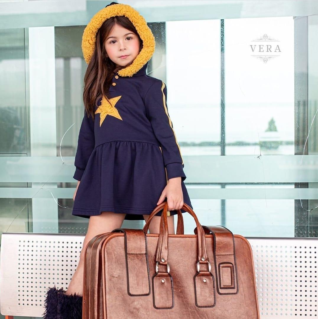 Vestido niña sudadera marino con estrella pechera de Vera Moda Infantil