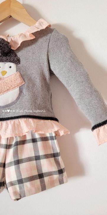Conjunto niña vestir jersey pingüino y short cuadro rosa de Coco Acqua Moda Infantil