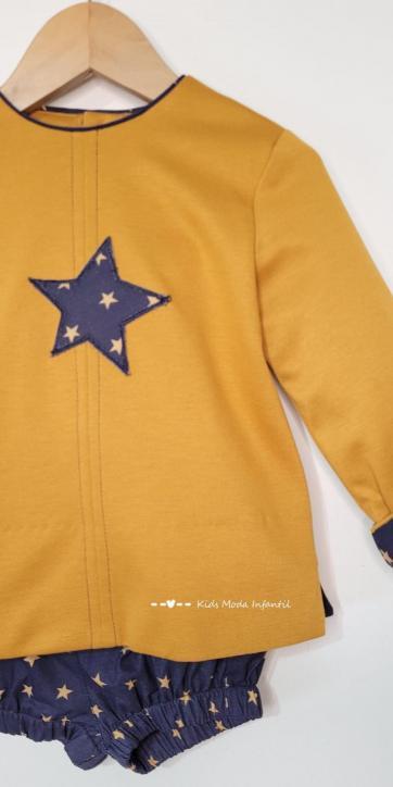 Conjunto bebe niño vestir sudadera mostaza con short estrellas de Cuka Moda Infantil