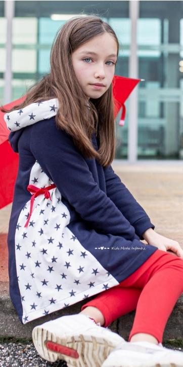 Vestido niña sudadera marino con estrellas laterales de Vera Moda Infantil