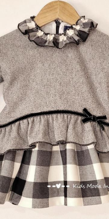 Vestido bebe vuelo gris de cuadros estampados de Basmarti [1]