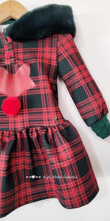 Vestido niña cuadros rojos y verdes de Nekenia