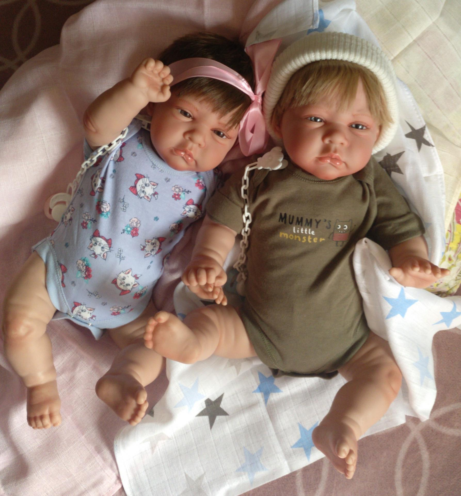 "Bebés reborns mellizos NAIM y CINTHYA: ""Real Reborns Prematuros"""
