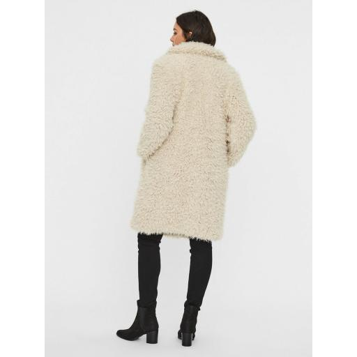 VERO MODA VMTAMARJAYLA LONG FAUX FUR COAT CURVE COLOR CATMEAL REF 10208347  [3]