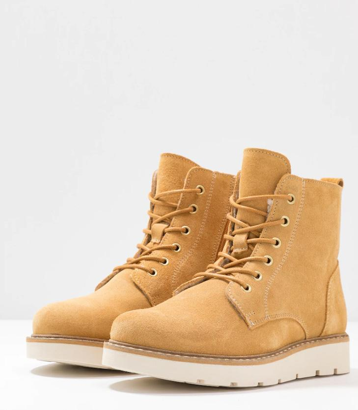 VMRIA LEATHER BOOT AMBER GOLD STYLE 10218946