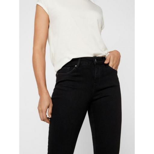VERO MODA VMSHEILA MR SLIM FLARE JEANS BA176 COLOR BLACK REF 10229717