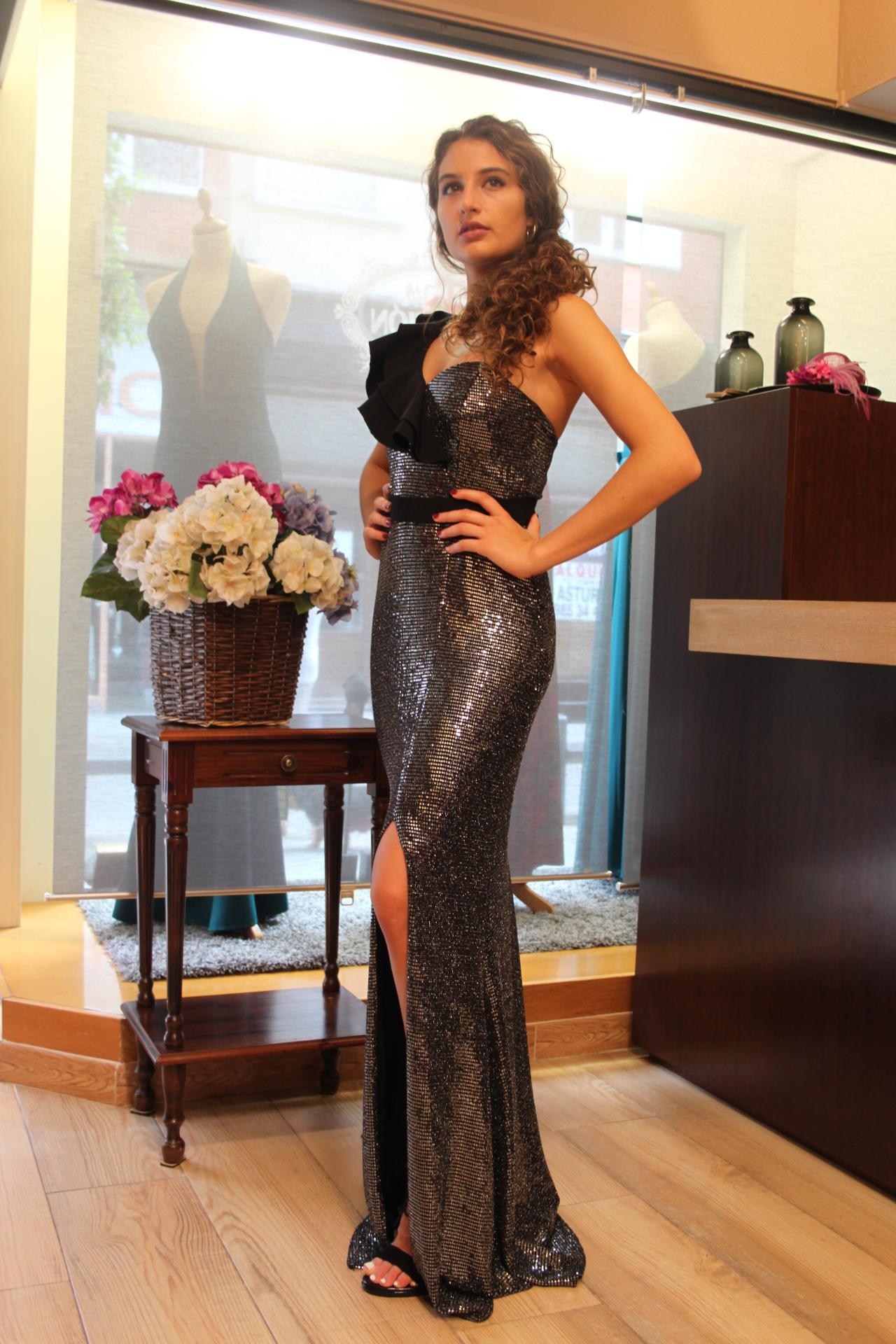 Vestido de fiesta largo. Modelo Andrea.