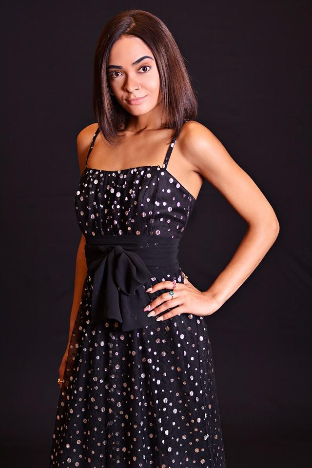 Vestido de fiesta largo. Modelo Anuska.