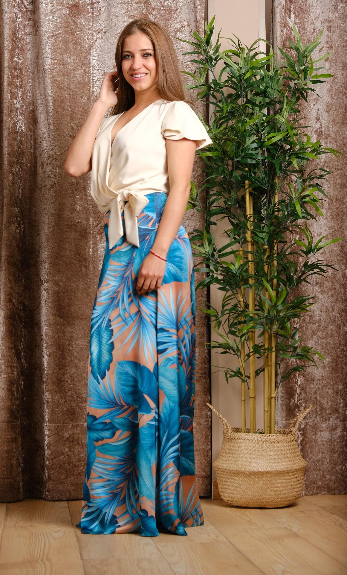 Falda de fiesta, Estampada. Modelo Oria,