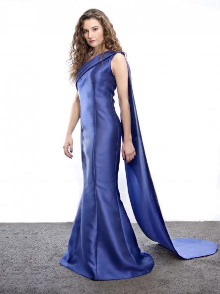 Vestido de fiesta largo. Modelo Costura.