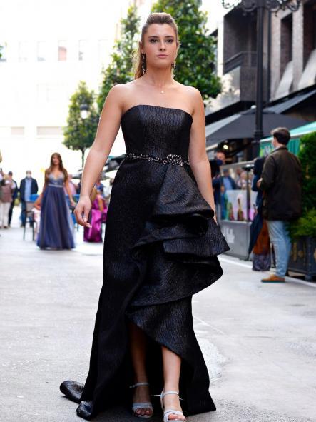 Vestido de fiesta largo. Modelo Tiffany.