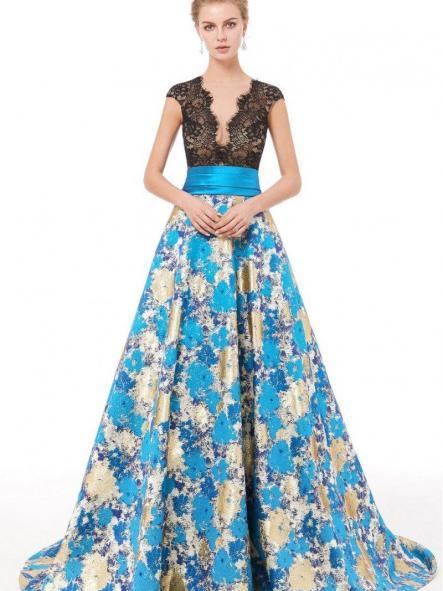 Lujoso vestido largo. Modelo Azucena.