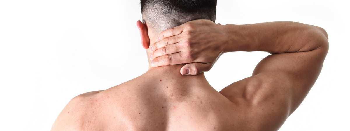 Como Aliviar una Contractura en el Cuello