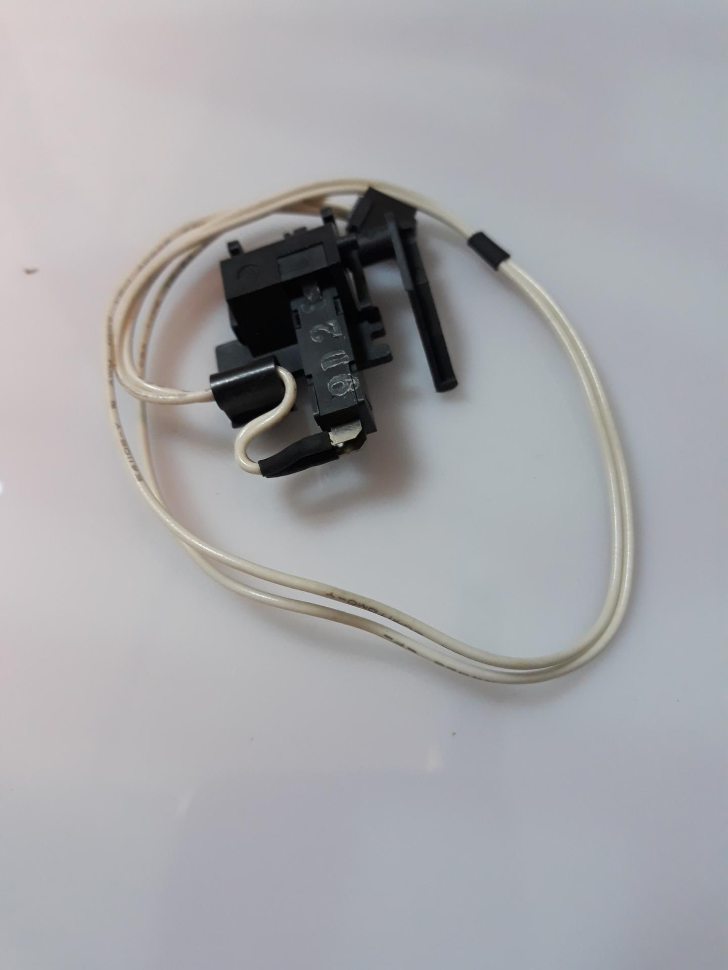 EPSON 2000038  PAPER END SWITCH  LX-1050