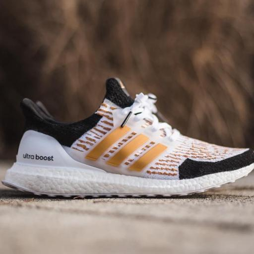 "Dent Kicks Custom didas UltraBOOST  "" Gold Trophy """