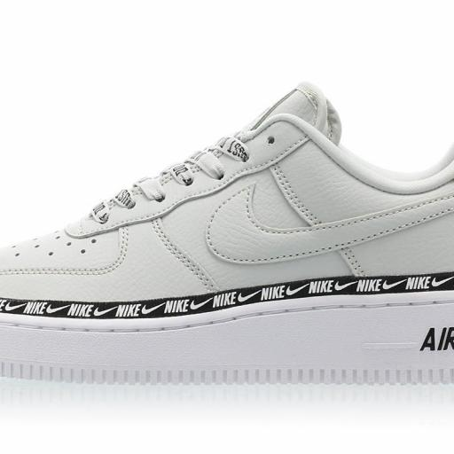 NIKE AIR FORCE 1 '07 SE PRM