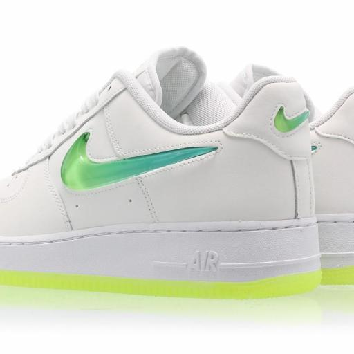 NIKE AIR FORCE 1 '07 PRM 2 [1]