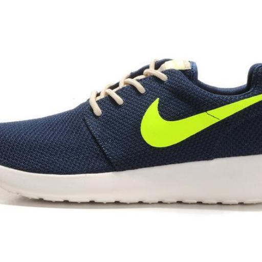Nike Roshe Run [1]