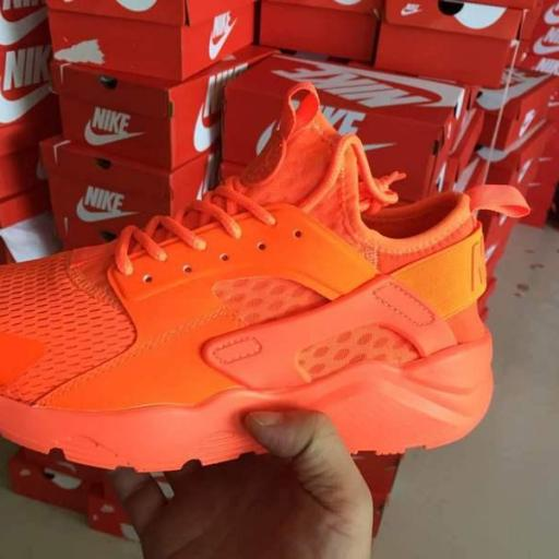 Nike Huarache Wallace [2]