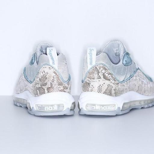 Supreme x Nike Air Max 98 [2]