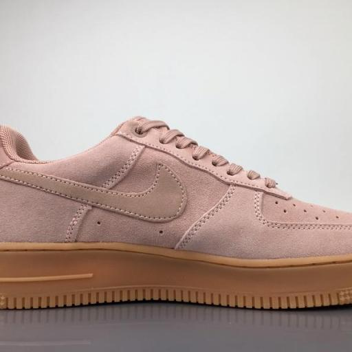 NIKE AIR FORCE 1 '07 LV8  SUEDE                                   [1]