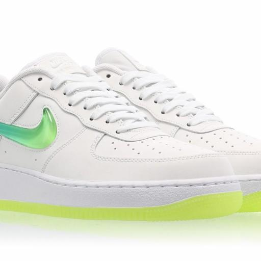 NIKE AIR FORCE 1 '07 PRM 2 [2]