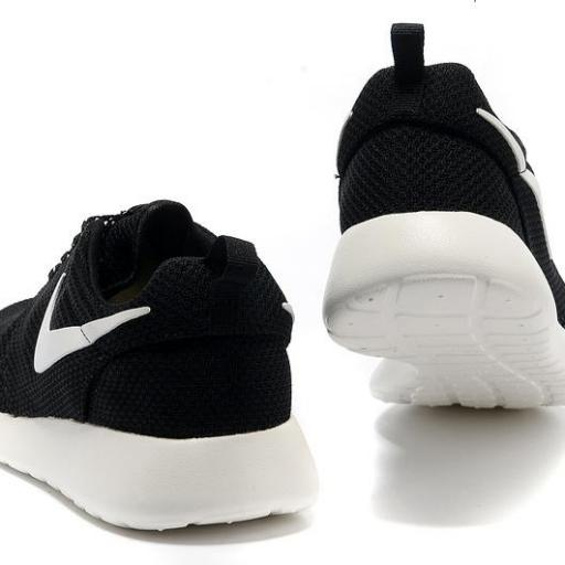 Nike Roshe Run [3]
