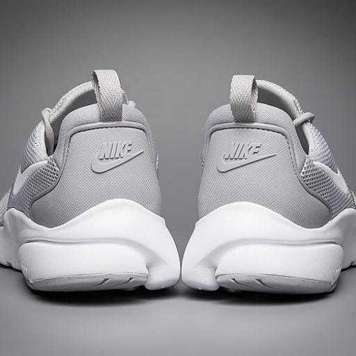 Nike Air Presto [3]