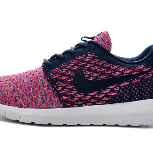 Nike Roshe Flyknit [1]