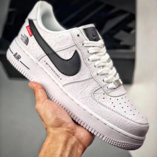 NIKE AIR FORCE 1 X SUPREME X THE NORTH FACE