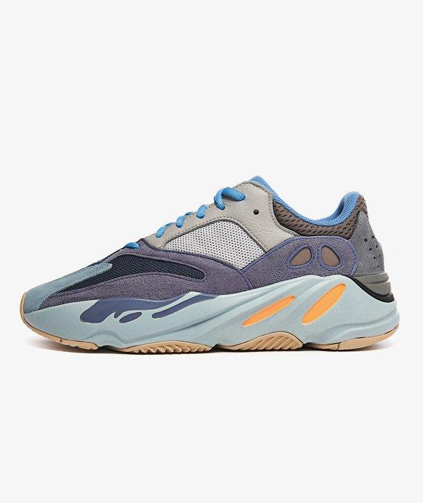 """YEEZY BOOST 700 """"CARBON BLUE"""""""