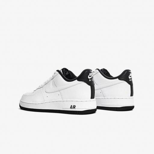 NIKE AIR FORCE 1 '07 1 [3]