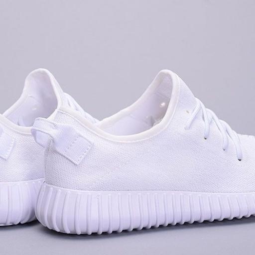 Adidas YEZZY [2]