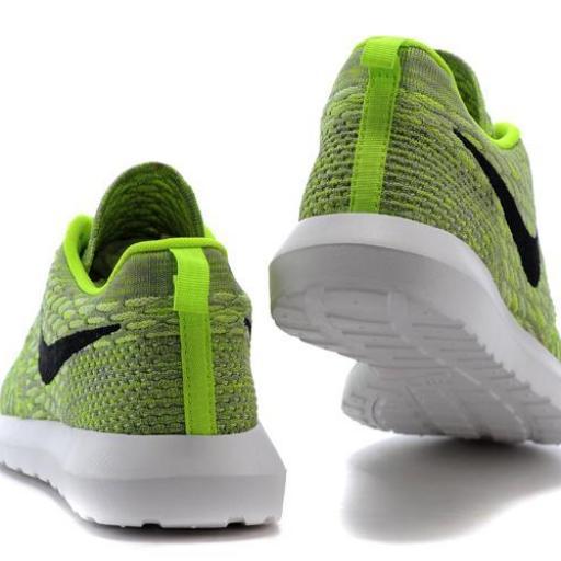 Nike Roshe Flyknit [3]