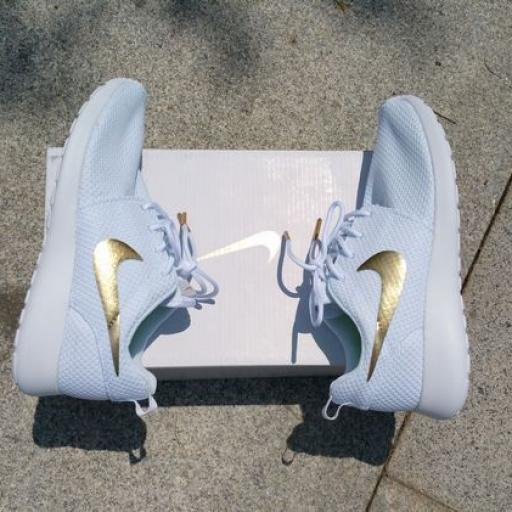 Nike Roshe Run Gold [2]