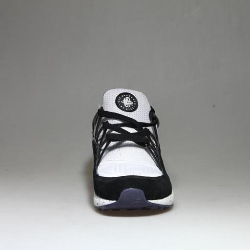 Nike Air Huarache Light Eclipse [2]