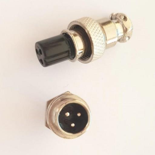 Conector carga patinete eléctrico 12