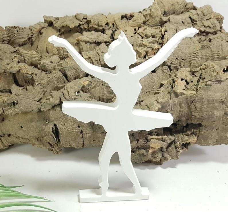 bailarina de pie
