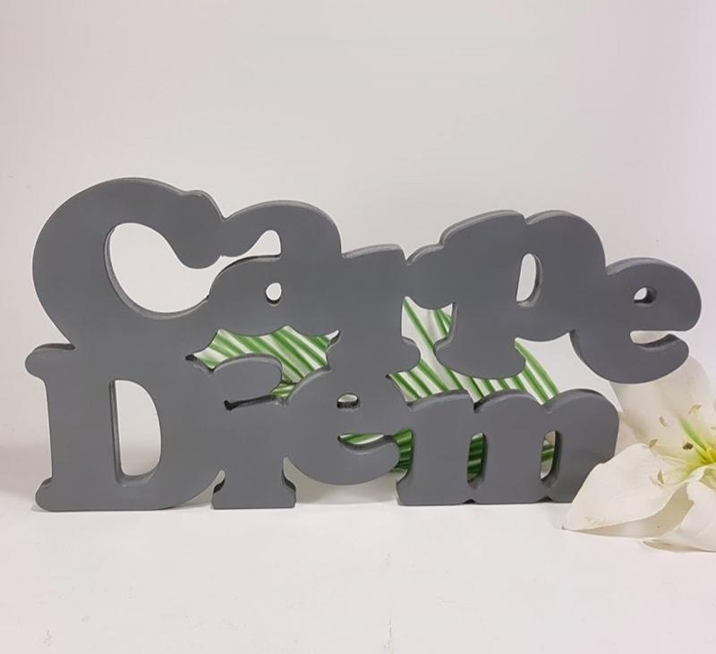 """Carpe Diem"" decorativo"