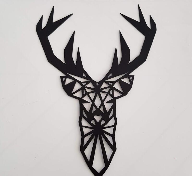 cabeza ciervo geométrico hierro