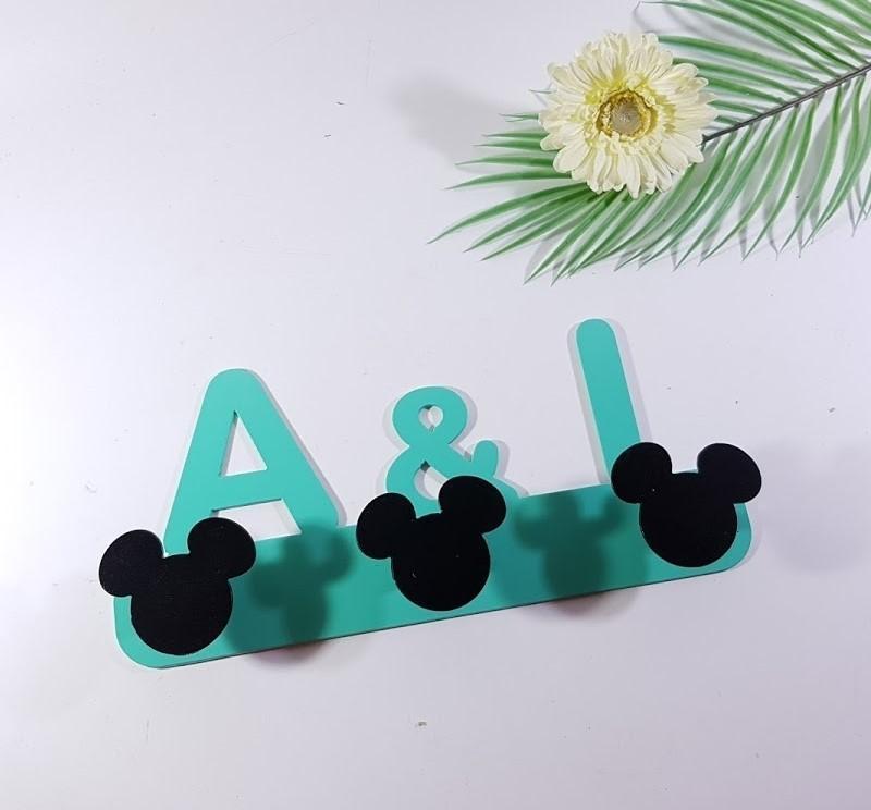 colgador Mickey