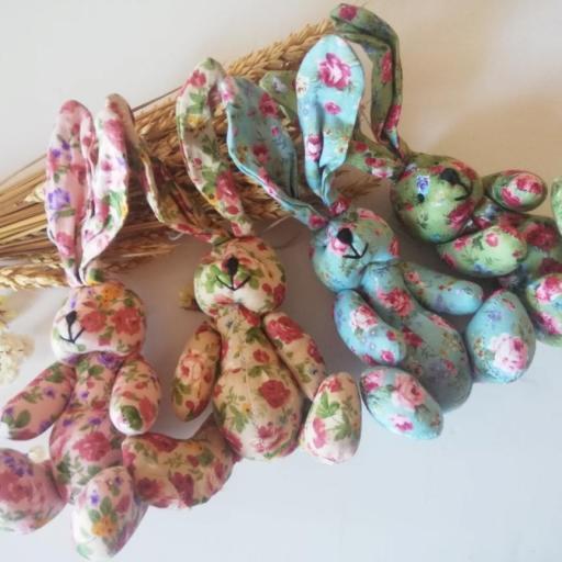 conejitos de flores