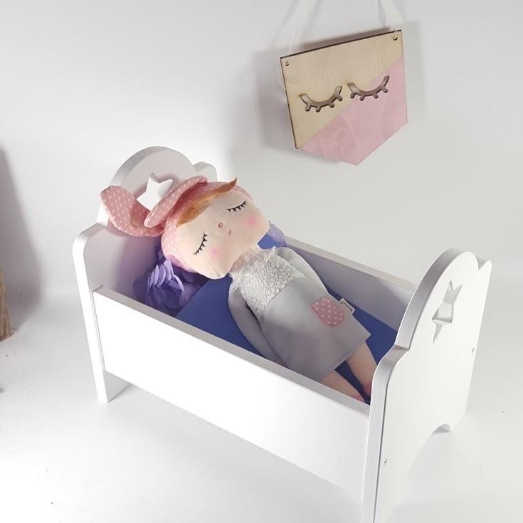 cuna muñecas