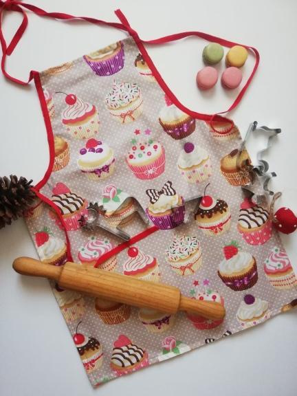delantal cupcakes