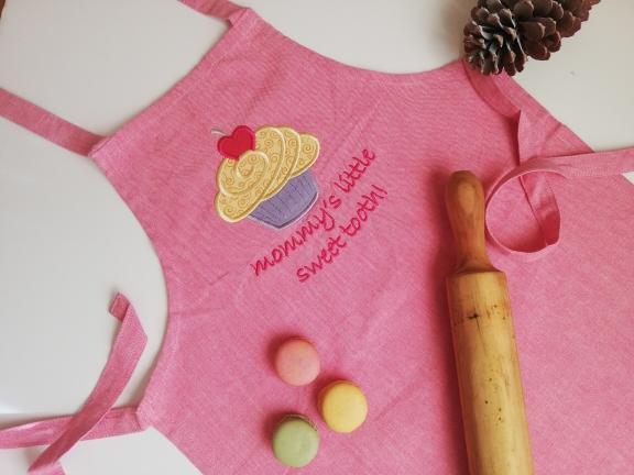 delantal cupcakes rosa